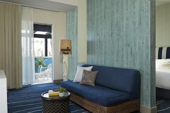 Suite, 2 Queen Beds, Oceanfront