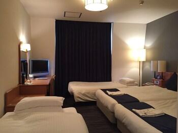 ツインルーム 禁煙 エキストラベッド2台付24平米 24㎡ 後楽ホテル