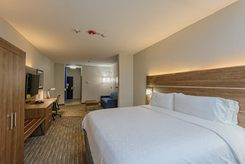 Suite, 1 King Bed, Accessible (Communication, Accessible Tub)