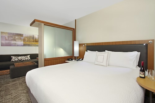 . SpringHill Suites by Marriott Madera