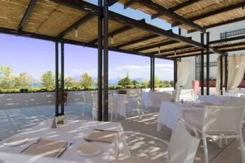 Hotel Acquaviva del Garda - Outdoor Dining  - #0