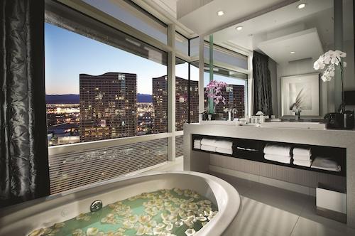 ARIA Resort & Casino image 46