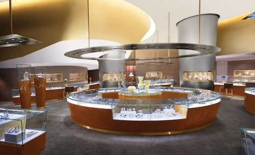 ARIA Resort & Casino image 3