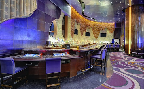 ARIA Resort & Casino image 40