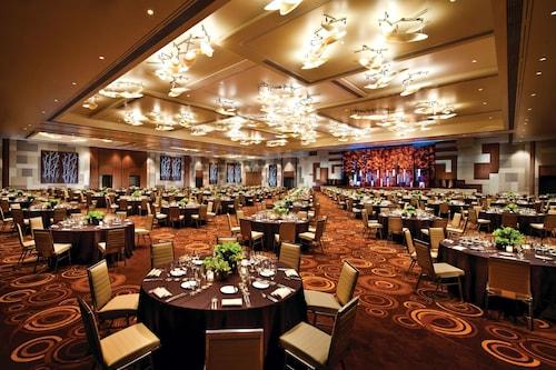 ARIA Resort & Casino image 12