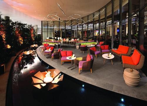 Vdara Hotel & Spa at ARIA Las Vegas image 37