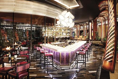Vdara Hotel & Spa at ARIA Las Vegas image 32