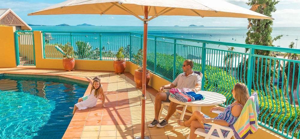 https://i.travelapi.com/hotels/3000000/2580000/2570200/2570197/11ce102d_z.jpg