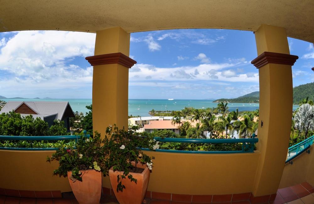 https://i.travelapi.com/hotels/3000000/2580000/2570200/2570197/5c547fc5_z.jpg