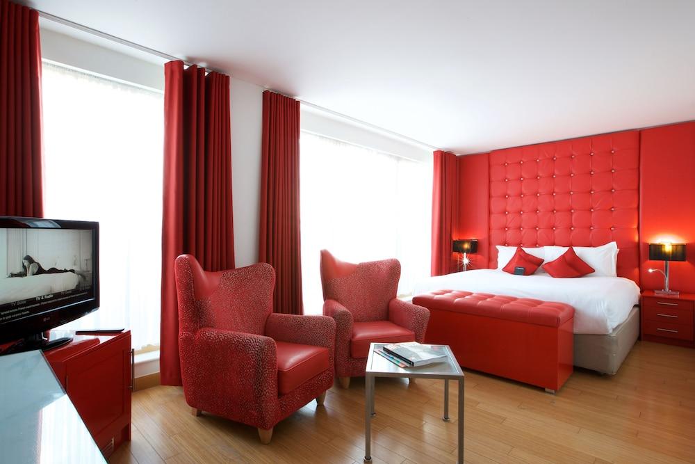 ザ バーモンドジー スクエア ホテル