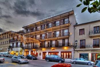 Art Pythia Hotel