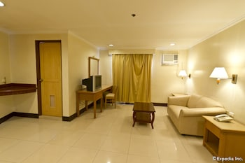 Diplomat Hotel Cebu Living Area