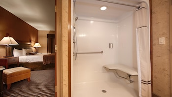 Suite, Multiple Beds, Accessible, Bathtub (with Sofabed)
