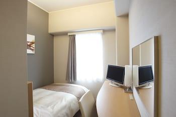 シングルルーム(10.8㎡)ベッド幅110㎝、素泊まり(喫煙)|11㎡|ホテルビナリオ梅田(旧サンルート梅田)