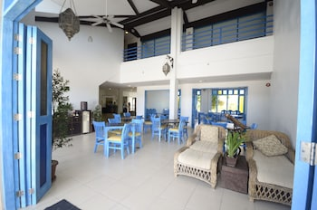 Microtel by Wyndham Puerto Princesa Dining