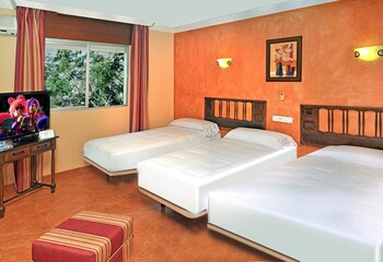 Double Room (Extra bed  - 2 Adults + 1 child)