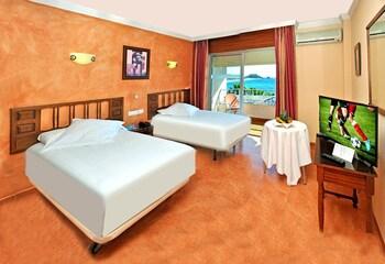 Double Room Single Use, Terrace, Sea View