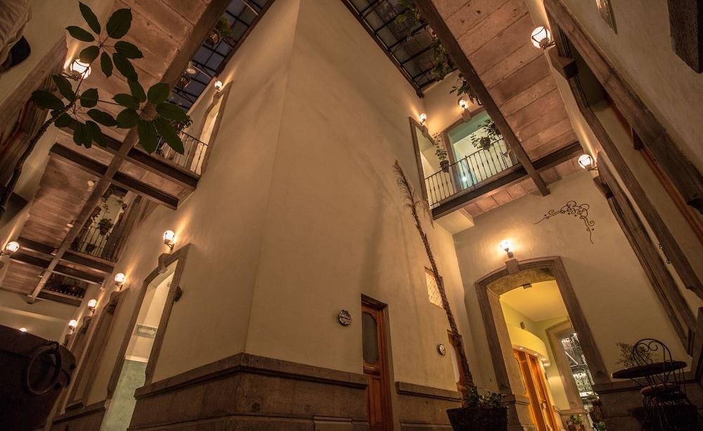 Puebla De Antaño Hotel Qantas Hotels