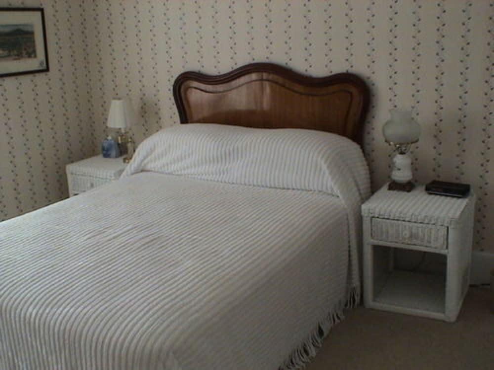 Room (Jacob's  room)