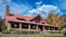 Hilltop Manor Bed and Breakfast