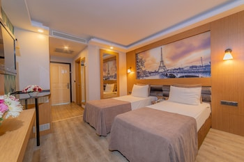 Sea Life Family Hotel And Spa