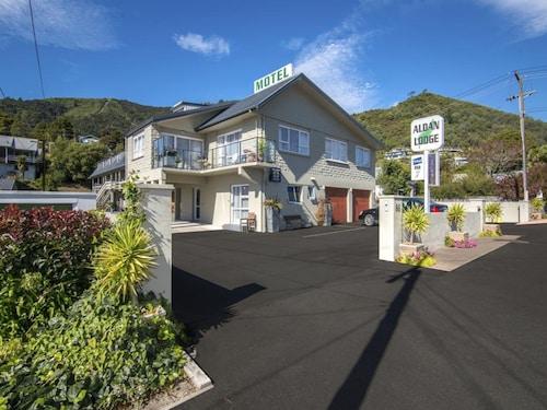 . Aldan Lodge Motel