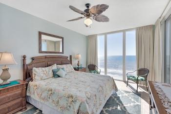 Condo, 3 Bedrooms, 2 Bathrooms, Sea Facing