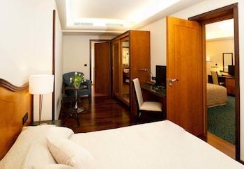 Family Room, 2 Bedrooms, Balcony