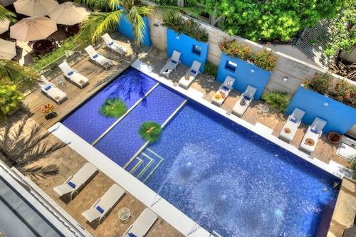 Santorini Hotel and Resort, Santa Marta (Dist. Esp.)