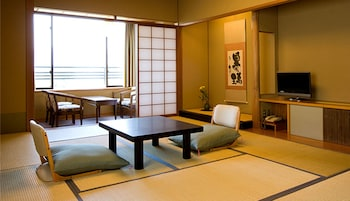 Japanese Room, Non Smoking, Mountain View【59㎡】