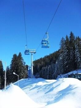 Aspen Resort Golf,  Ski And Spa
