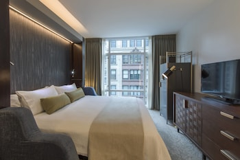 Guestroom at Marriott Vacation Club Pulse, New York City in New York