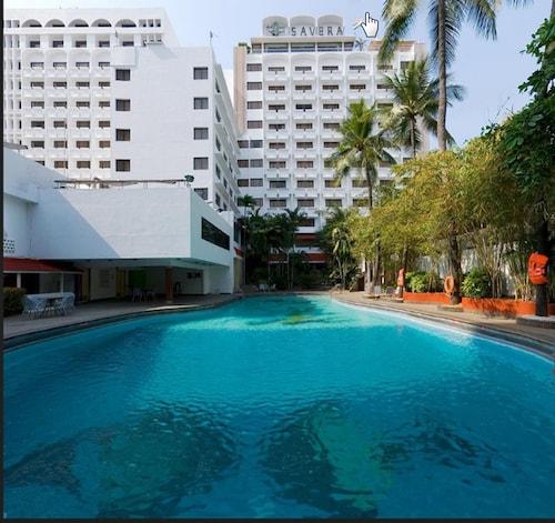 . Hotel Savera