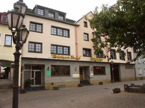 . Hotel Weinhaus Grebel