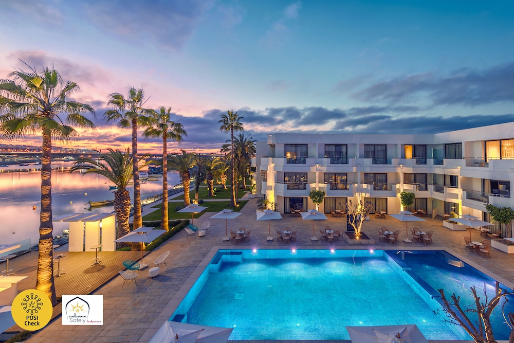 Hotel Dawliz Resort & Spa