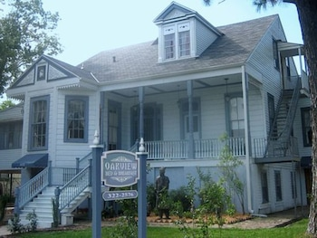 Hotel - Oakview Bed and Breakfast