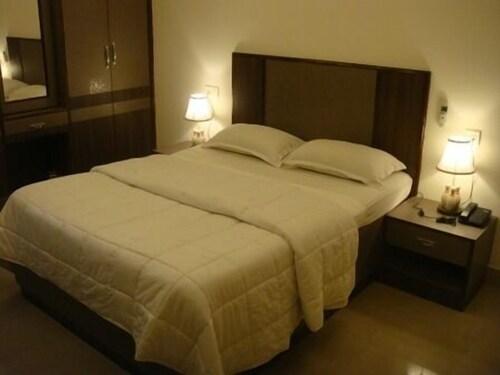 Hotel Mars, Kancheepuram