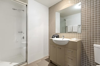 Quest Singleton - Bathroom  - #0