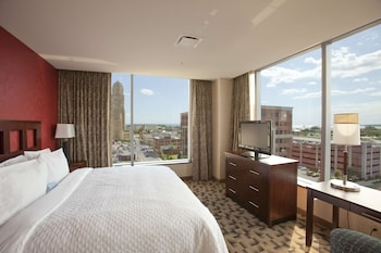 Executive Suite, 1 King Bed (Cook to Order Breakfast Included! )