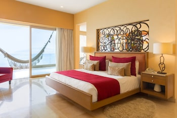 Junior Suite, 1 King Bed, Ocean View