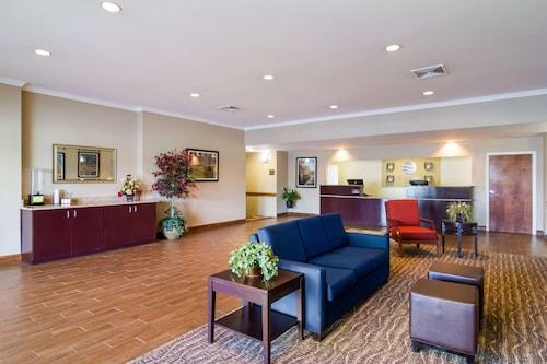. Comfort Inn Blackshear Hwy 84