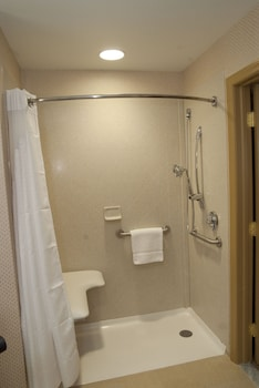 Standard Room, 2 Queen Beds, Accessible (Mobility, Roll-In Shower)