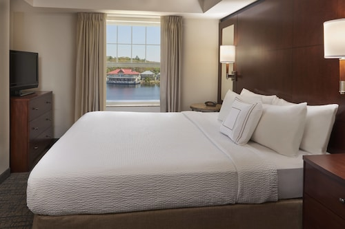 . Residence Inn by Marriott Gravenhurst Muskoka Wharf