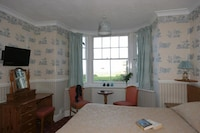 Superior Room (King-Ensuite / Sea View )