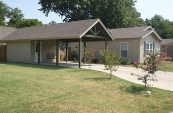 River Rock Bed and Breakfast Cottages photo
