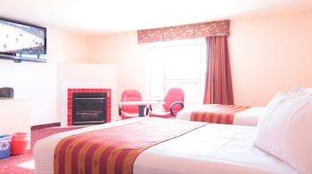 Premium Double Room, 2 Queen Beds, Fireplace