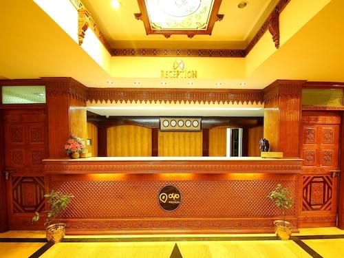 OYO 1039 Hotel The Surya, Ernakulam