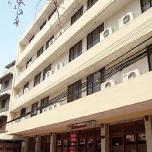 Hotel Excellency, Ernakulam