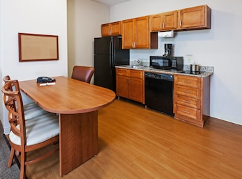 Room, 1 Queen Bed, Accessible (Mobility)