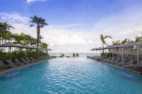 . Holiday Inn Pattaya